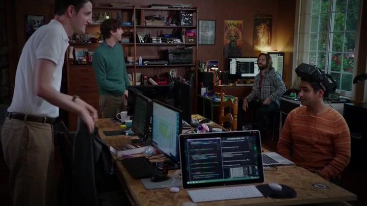 Silicon-Valley-Season-2-Episode-1-33-632e
