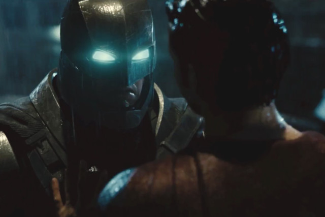batman-v-superman-dawn-of-justice-official-final-trailer-0-640x427